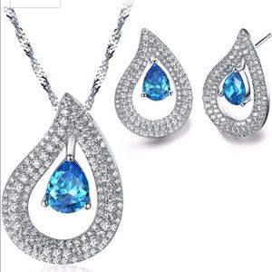 Beautiful Water Drop Jewelry Set